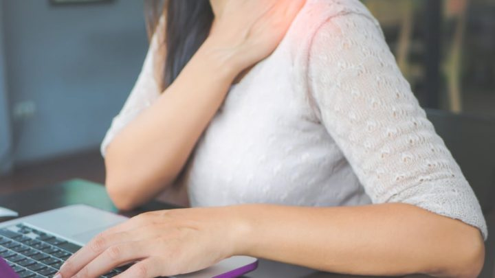Can sitting at my desk for too long be causing my shoulder pain?