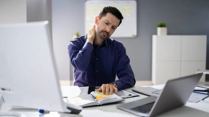 How to avoid neck pain while working from home…